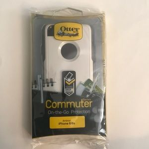White Otterbox for iPhone 6